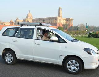 Innova Taxi Hire Service